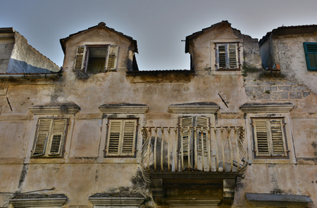tatty: An historic old derelict building in Skradin old town, Sibenik-Knin County, Croatia.