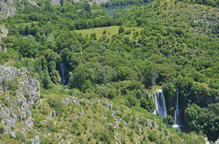 slap: Manojlovac Slap waterfall on the River Krka in Krka National Park, Sibenik-Knin County, Croatia.