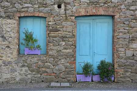 tatty: A derelict building in the small Italian village of Merso di Sopra, Friuli Venezia Giulia.