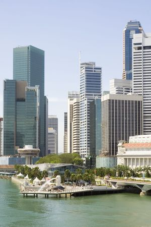 Cityscape of Singapore showing the Merlion and the financial district Stock Photo