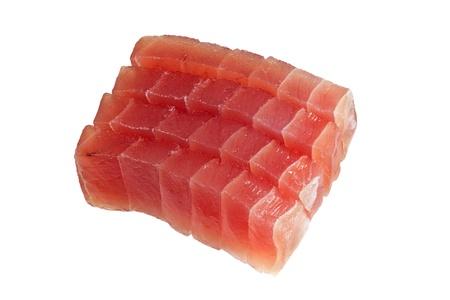 atun rojo: Rodajas de at�n crudo utilizado sashimi aislada sobre fondo blanco