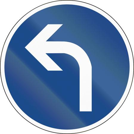 turn left: Tedesco segno di traffico: Girare a sinistra avanti Archivio Fotografico