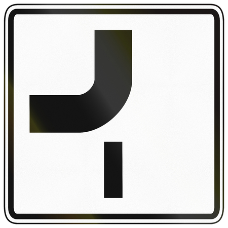 image date: German traffic sign additional panel to specify the meaning of other signs: Priority route configuration at junction.