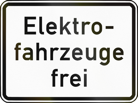 specify: German traffic sign additional panel to specify the meaning of other signs: Electric vehicles allowed.