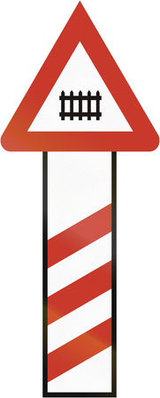 manned: Old design (1935) of a German countdown marker announcing a manned or barrier level crossing in 240 m distance.