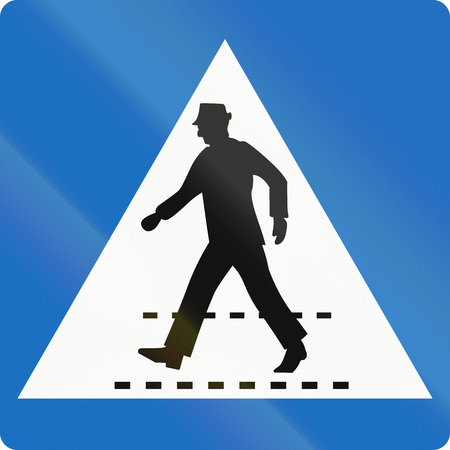 give way: Austrian traffic sign: Pedestrian crossing (give way).