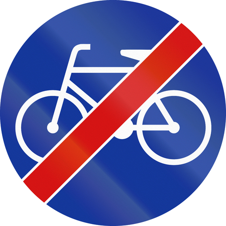 bicycle lane: Polish sign for end of bicycle lane.