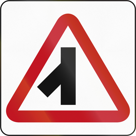 acute angle: Bruneian danger warning sign: 45 degree intersection, priority over other road.