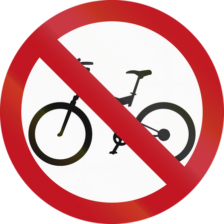 thoroughfare: Colombian traffic sign prohibiting thoroughfare of bicyles.