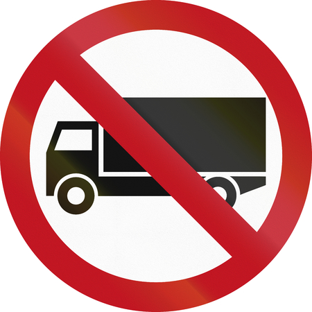 metric: Colombian traffic sign prohibiting thoroughfare of lorries (vehicles with a gross weight over 3.5 metric tons). Stock Photo