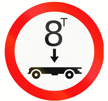 axle: Road sign in Indonesia - No vehicles with a overall weight per tandem axle above that shown on the sign
