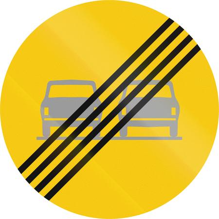 interdiction: Road sign en Islande - Fin interdiction de d�passement
