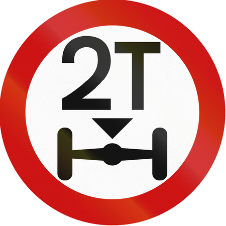 axle: Greek traffic sign prohibiting throroughfare of vehicles with a load over 2 tons on each axle.
