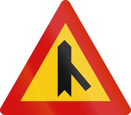 acute angle: Islandia se�al de advertencia de peligro: intersecci�n de 45 grados, prioridad sobre otro camino.