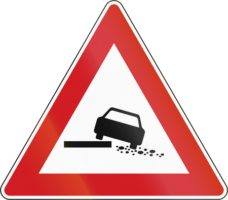 right handed: Hazardous shoulder on the right in The Czech Republic.
