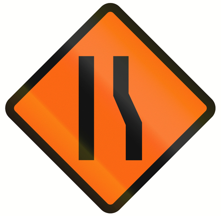 one lane roadsign: Indonesian temporary road warning sign: Road narrows on the right