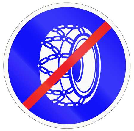 no snow: Indonesian traffic sign indicating that snow chains are no longer required.