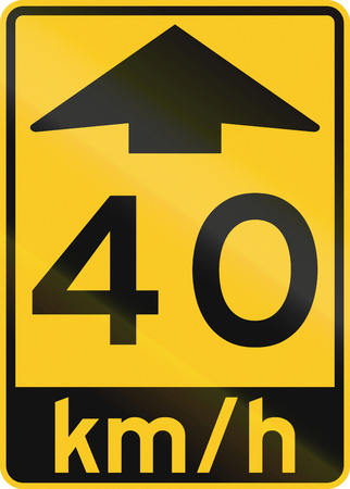 kmh: An Canadian warning traffic sign - Advisory speed 40 kmh ahead. This sign is used in Ontario.