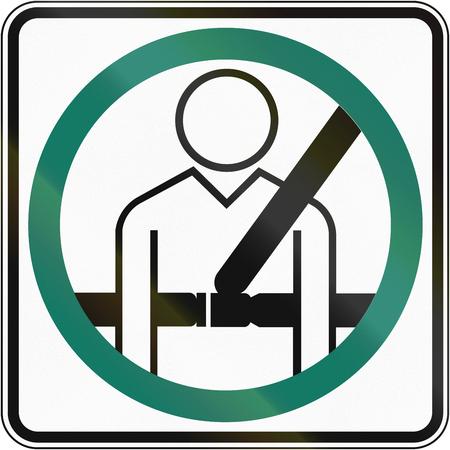 cinturón de seguridad: Señal de tráfico canadiense: el uso del cinturón de seguridad obligatorio. Este signo se utiliza en Quebec.