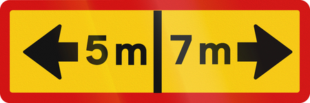 5 7: Additional traffic sign in Iceland - Sign applies 5 m left and 7 m right