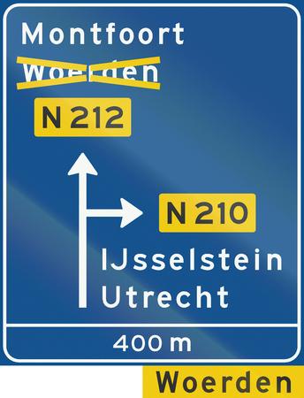 diversion: Dutch information sign - Diversion with alternative route shown.