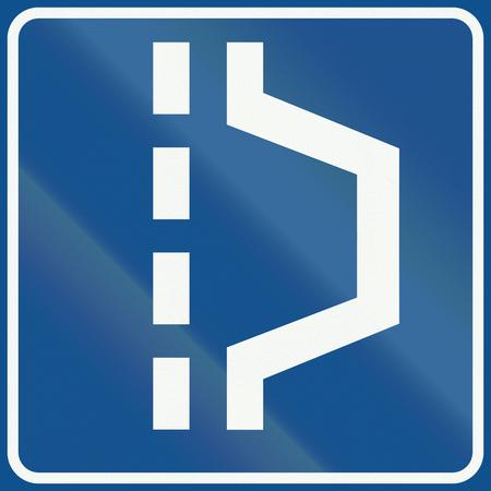 road shoulder: Netherlands road sign L14 - Hard shoulder.