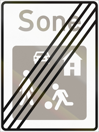 sone: Norwegian road sign - End of living street. Sone means zone.