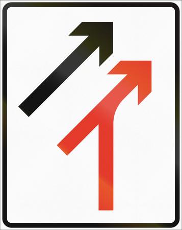 lane: Norwegian lane information road sign - Merge from right.
