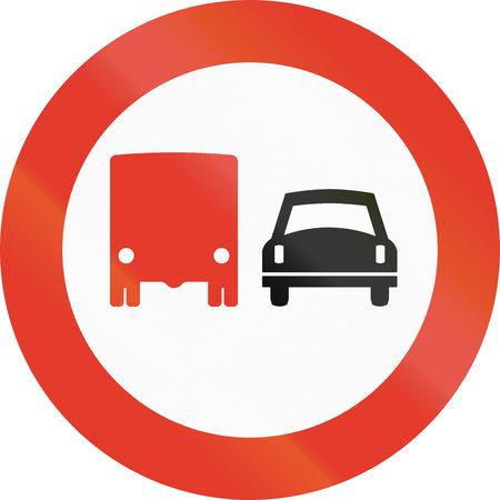overtaking: Norwegian regulatory road sign - No overtaking for trucks.