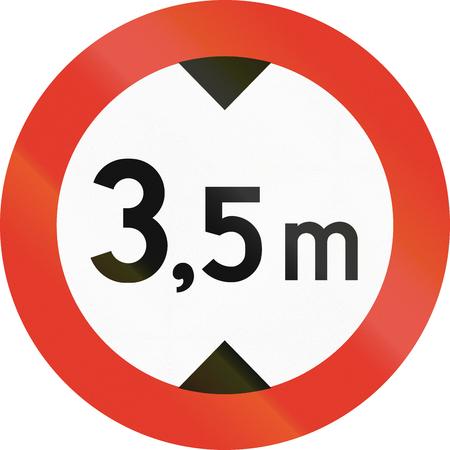 metric: Norwegian regulatory road sign - No vehicles over 3.5 meters in height. Stock Photo