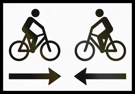 supplementary: Norwegian supplementary road sign - Bicycle traffic in both directions.