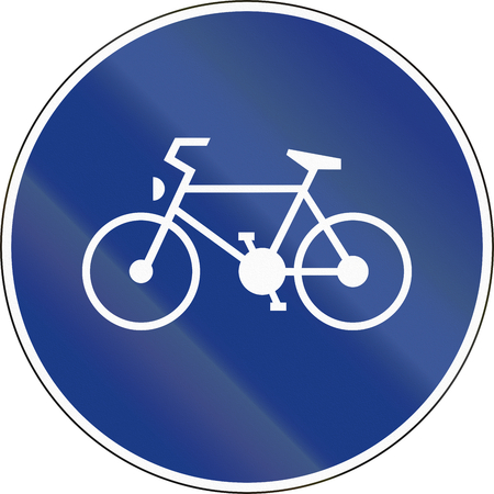 cicla: Slovenia road sign - Route for pedal cycles only. Foto de archivo
