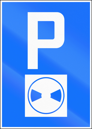 restrictions: Road sign used in Switzerland - Parking with time restrictions.