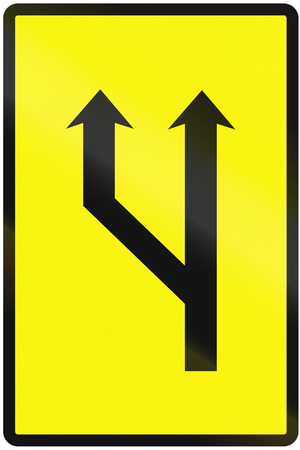 lanes: Road sign used in Slovakia - Increased lanes available (temporary).
