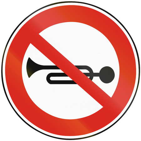 honking: Road sign used in Slovakia - No Honking.