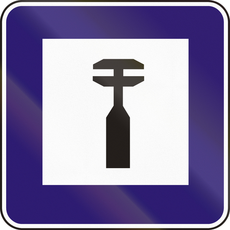 road assistance: Road sign used in Slovakia - Mechanical assistance.