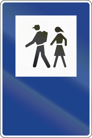 couple hiking: Road sign used in Spain - Starting point for walking tours. Stock Photo