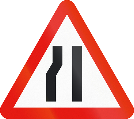 Road sign used in Spain - Narrowing of carriageway on the left.