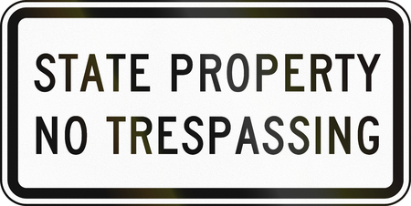 no trespassing: Road sign used in the US state of Delaware - Prohibitory sign. Stock Photo