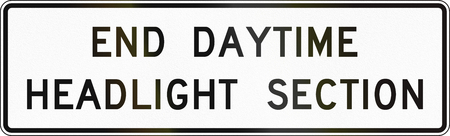 headlights: United States MUTCD road sign - End daytime headlights section.