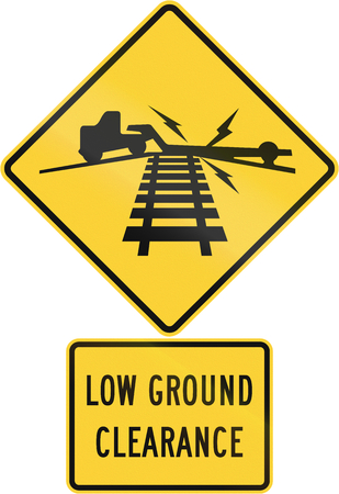 railroad crossing: United States MUTCD road warning sign assembly. Stock Photo