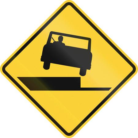 off the shoulder: United States MUTCD road sign - Shoulder drop off.