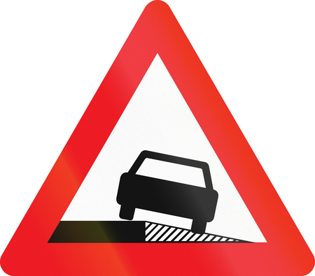 sloping: Warning road sign used in Denmark - Sloping shoulder. Stock Photo