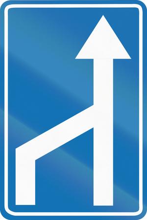 road ahead: Belgian information road sign - Merge ahead.