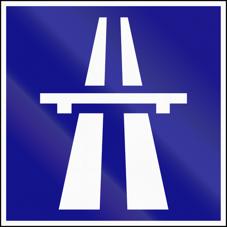 motorway: Hungarian informational road sign - Beginning of Motorway.