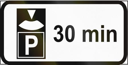 Estonian regulatory road sign - 30 minuten parking with disk.