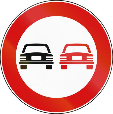 malta: Road sign used in Malta - No overtaking.