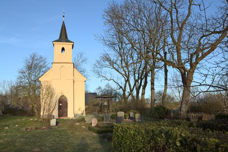 Kapel in Jager in de buurt van Greifswald, Mecklenburg-Vorpommern, Duitsland. Stockfoto - 79155836