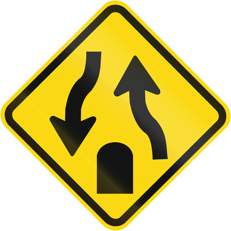 Divided highway ends sign used in Brazil.