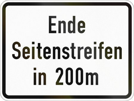 Supplementary road sign used in Germany - Shoulder ends in 200 meters. Stock Photo